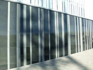 Granit sockel fasad natursten
